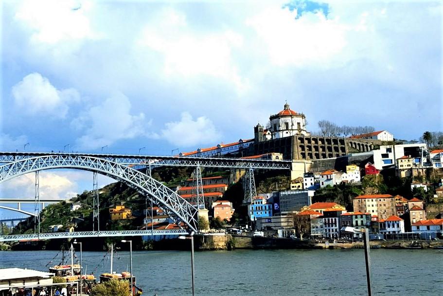 ce să vizitezi în Porto- pod