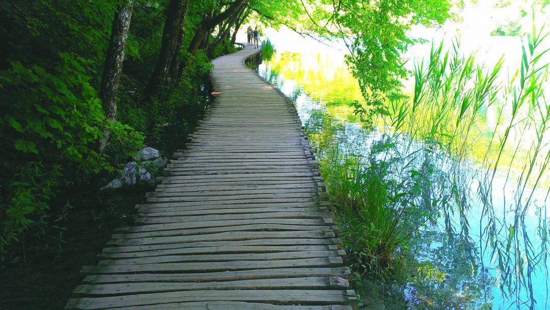 trasu prin lacurile plitvice, podet