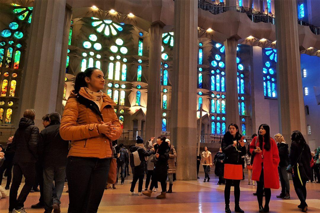 interior-basilica-sagrada-familia