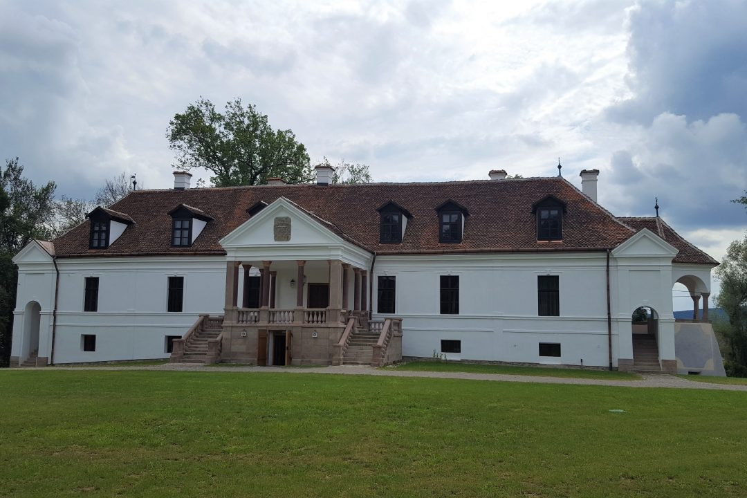 Palatul Kalnoky din Micloșoara covasna