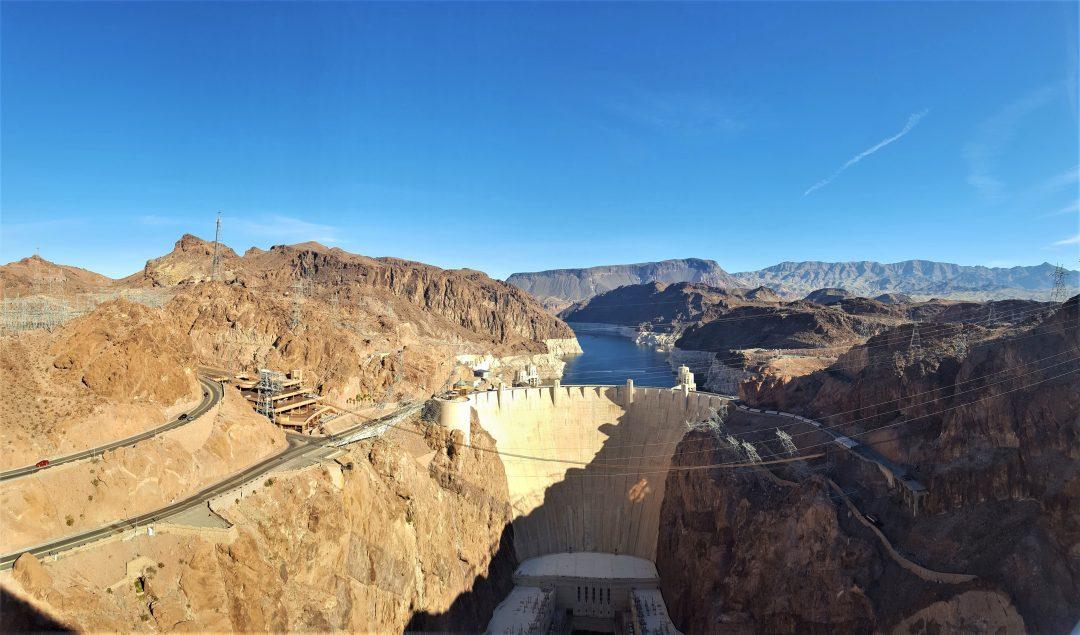 Hoover Dam priveliste catre baraj