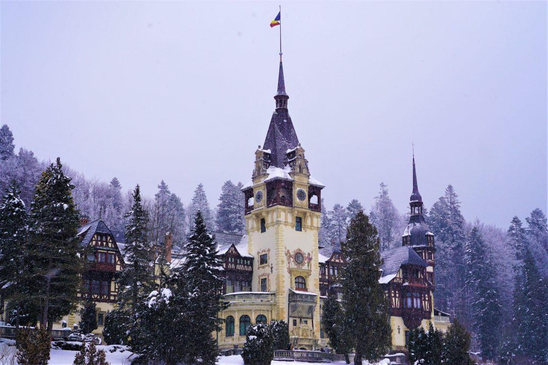 iarna la castelul peles