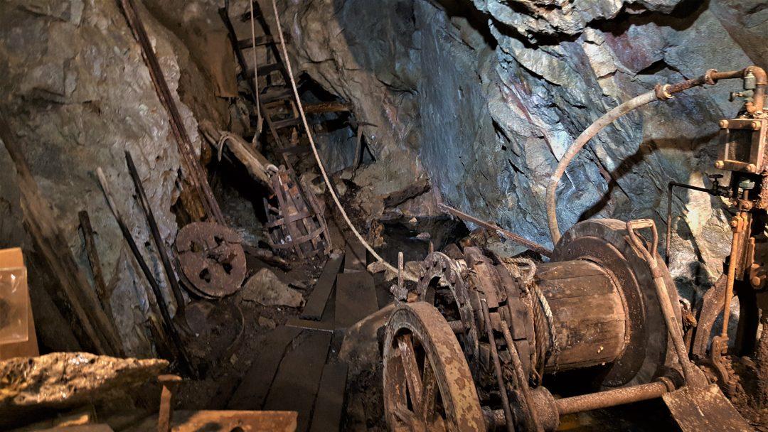 mina-interior