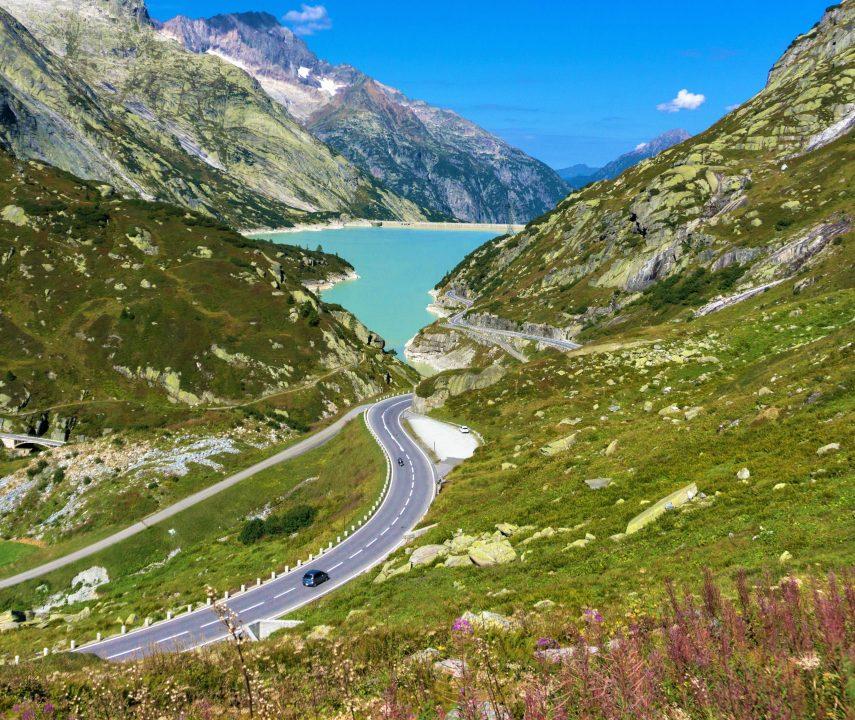 pasuri din elvetia-masina si lac
